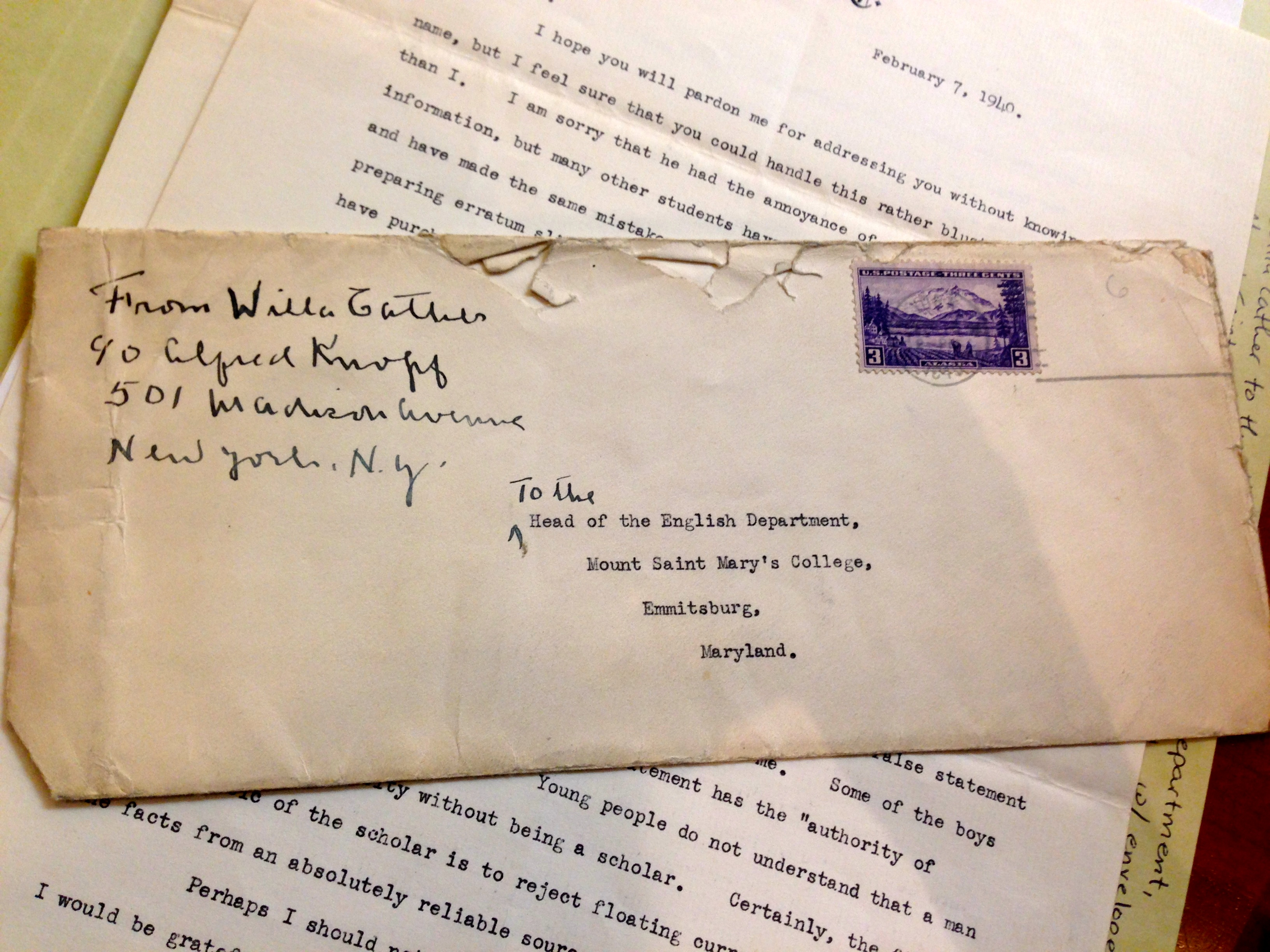 Envelope and letter of Willa Cather to the Head of the Mount Saint Mary's , February 7, 1940. (Photograph by Emily Caldwell)